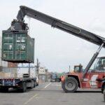 El déficit comercial en EEUU aumentó a 43,500 millones en septiembre