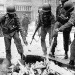 """Chile: Ejército no castigó quema de archivos de DDHH porque """"causas prescribieron"""""""