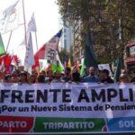Frente Amplio pide votar libremente y dice Piñera es retroceso para Chile