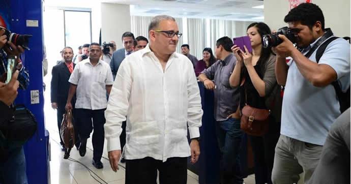Corte condena al expresidente salvadoreño Funes ya su hijo por corrupción