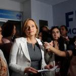 Chile: Carolina Goic renuncia a presidencia de DC y apoya a Guillier