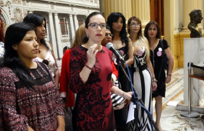 Se solidariza con Glave y Huilca por decir Perú, país de violadores