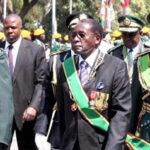 Zimbabue: Derrocado Mugabe negocia con militares salida del poder (VIDEO)