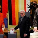 Presidente alemán convoca a Merkel y Schulz para abordar formación de gobierno