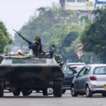 Zimbabue: Oposición demanda Gobierno de transición tras golpe militar (VIDEO)