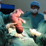 El 1 de enero nacerán 386.000 bebés, pero muchos no vivirán 24 horas