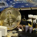 """Croacia: Hackers roban 4.700 Bitcoins y US$75 millones """"desaparecen"""" (VIDEO)"""