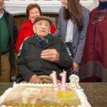 El hombre más longevo del mundo cumple 113 años en su pueblo español