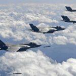 EEUU prepara gran despliegue aéreo tras lanzamiento del misil norcoreano