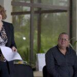 Grynspan expresa preocupación por retroceso en derechos de las mujeres