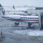 EEUU: Miles de vuelos cancelados y retrasados por tormenta de nieve