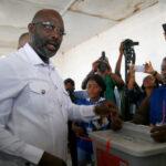 Liberia: George Weah ganador africano del Balón de Orofue elegido presidente (VIDEO)
