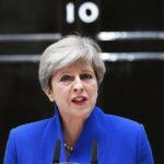 May dice a europeos que los tribunales británicos protegerán sus derechos