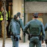España: Dos policías y un civil muertos deja enfrentamiento en operativo