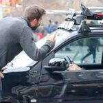 EEUU: Gerard Piqué arremetiócontra paparazzi que molestaba a Shakira