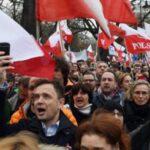 """Polonia califica de """"político"""" el proceso de la CE en su contra"""
