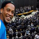 Ronaldinho Gaúcho: Prensabrasileña insiste que será candidato a senador