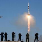 Rusia: Nave con 3 tripulantes despega rumbo a Estación Espacial Internacional (VIDEO)