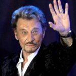 El cantante francés Johnny Hallyday fallece a los 74 años en París