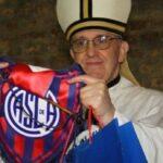 El Papa Francisco es hincha y socio de los 'cuervos' de San Lorenzo