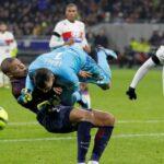 Ligue 1: Kylian Mbappé con lesión cervical tendrá dos meses sin jugar (VIDEO)