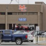 EEUU: Tiroteo en escuela deja 2 muertos, 19 heridos y alumno atacante fue detenido