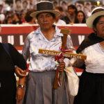 Miles marchan en protesta contra el indulto al exdictador (Fotos)