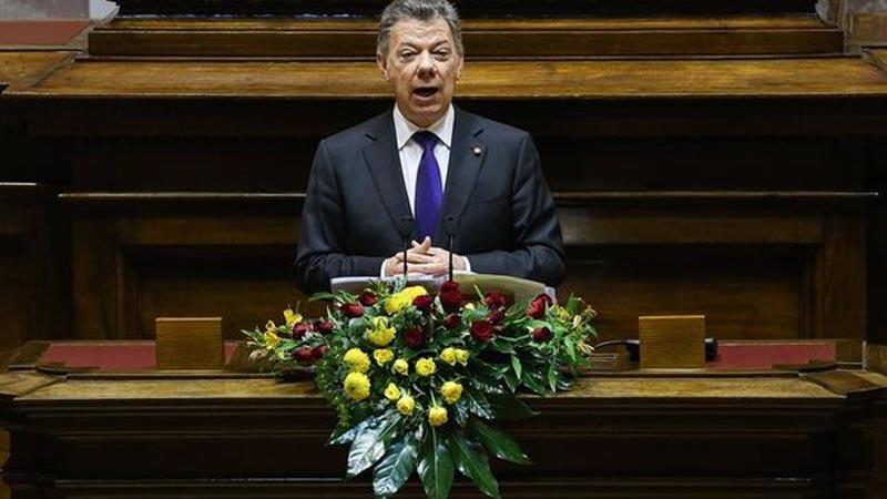 EE.UU pide viajar a Colombia con precaución