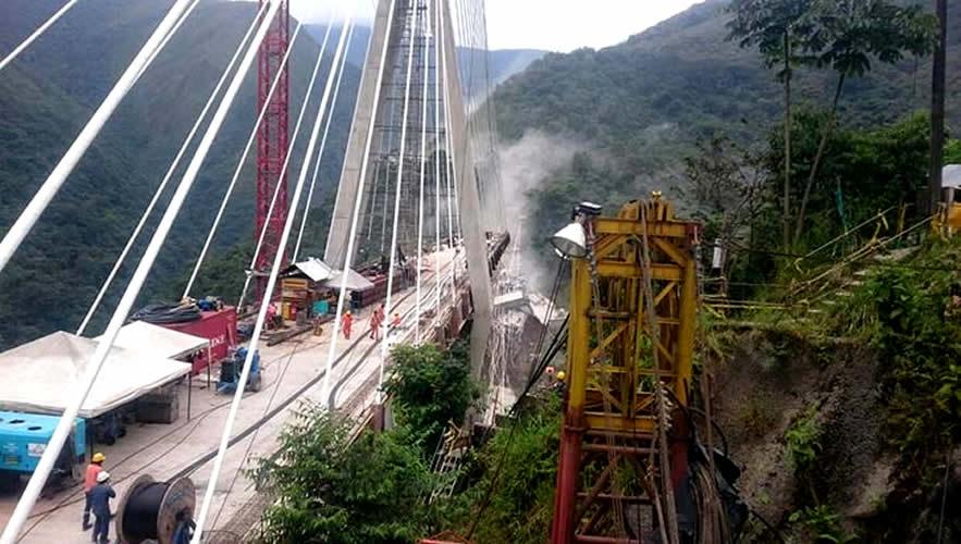 Colombia desplome de viaducto en construcci n causa 9 for Empresas de construccion en bogota