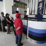 Pasamayo: Heridos de accidente son llevados a hospital Carrión
