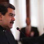 """Maduro dice que recibirá a """"todos"""" los observadores internacionales en las elecciones"""