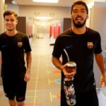 Coutinho se recupera de lesión y conoce a sus nuevos compañeros (VIDEO)