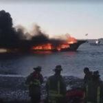 EEUU: Barco casino con 50 personas a bordo se incendia, un desaparecido