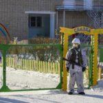 Adolescente ataca con hacha a cinco niños y una profesora en colegio ruso