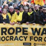 España: Junta Electoral sanciona a radio y canal de TV por cobertura de actos soberanistas