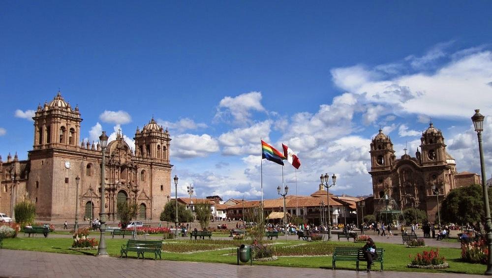 Policía busca turista desaparecida en el Valle Sagrado — Cusco