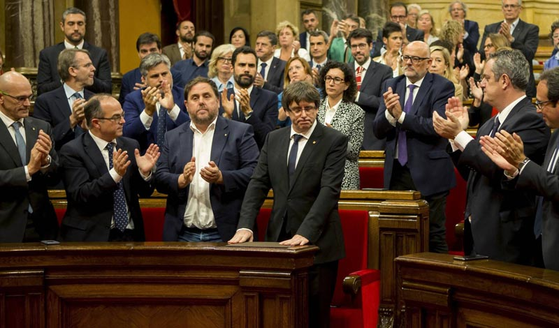 Cataluña abrirá una nueva legislatura tras la crisis soberanista