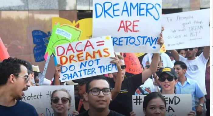 Gobierno de Trump apelará fallo que reactivó DACA para