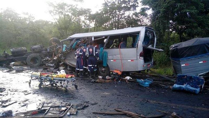Accidente múltiple en Brasil: al menos 13 muertos y 39 heridos