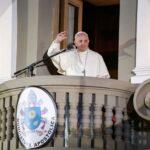Francisco rezó por los enfermos tras retorno a Nunciatura (FOTOS)
