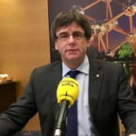 España: Puigdemont afirma que puede presidir Cataluña desde Bruselas
