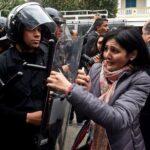 Túnez: Denuncian intimidación y arresto de periodistas y activistas