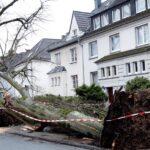 Sube a seis el número de muertos por temporal que paralizó Alemania