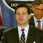 Director FBI amenaza con dimitir ante presiones de gobierno, según medios