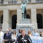EEUU: Demandan al Gobierno por separar a madre e hija tras pedir asilo