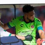 Médico que operó de la rodilla a Pedro Gallese señala que fue una lesión simple