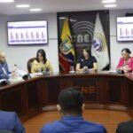 Ecuador: Consejo electoral difunde resultados de la consulta y referendo
