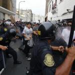 Estudiantes protestan contra iniciativa fujimorista de empleo juvenil sin salario
