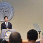 EEUU: Alcalde de Miami demandará al Gobierno federal prohibir los rifles de asalto (VIDEO)