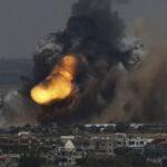 Carros de combate y aviones israelíes bombardean franja de Gazaen represalia
